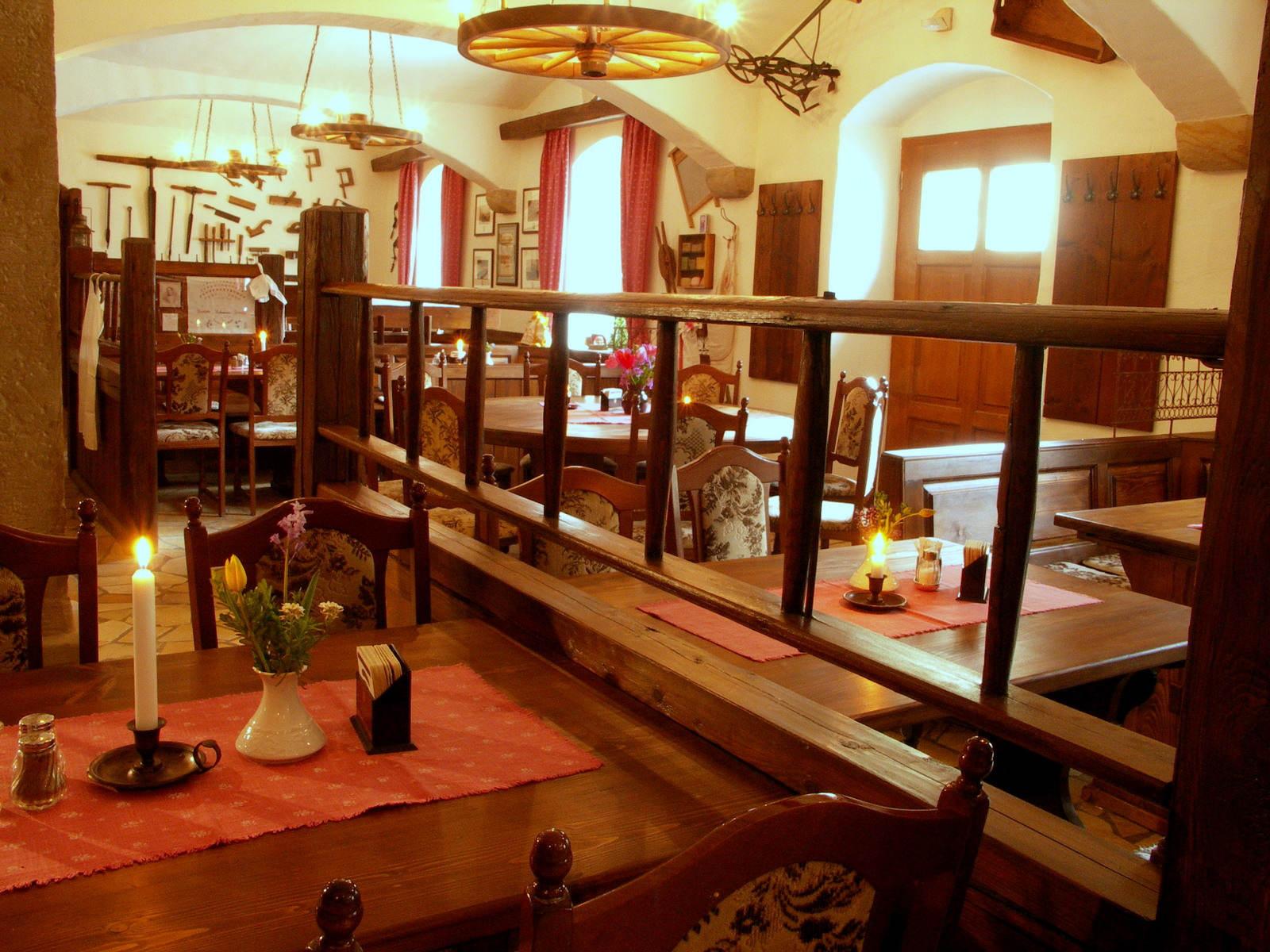 tisch, stuhl, gemütlichkeit, restaurant meißen, hotel dresden