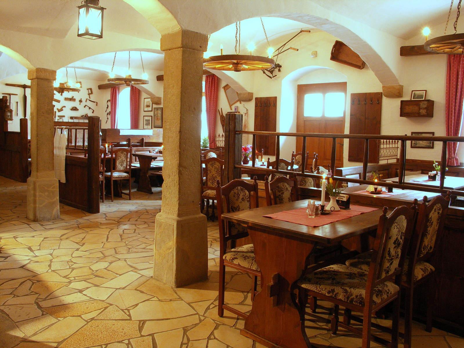 restaurant meißen, scheune, rustikal, hotel dresden