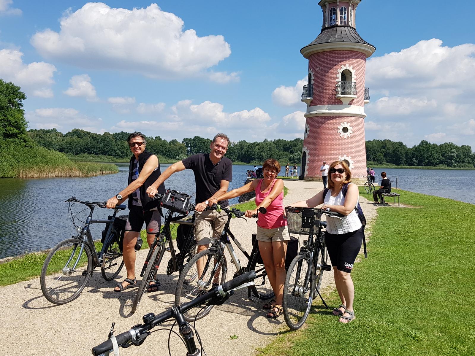 Italien zu Gast im Elbland, Fahrradtour nach Moritzburg mit Fasanaschlösschen und Leuchtturm